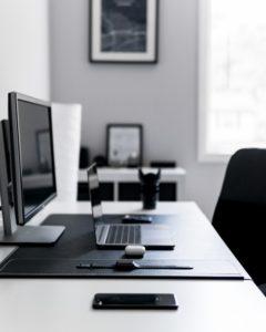 Техника 21-го века на рабочем столе
